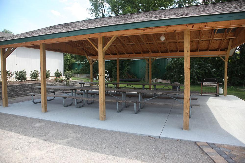 Eagle Tee Party Pavilion